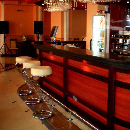 Мебель для кинотеатров, для кафе, по вашим эскизам
